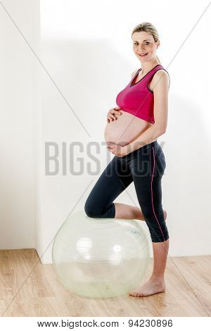 pregnant woman doing exercises