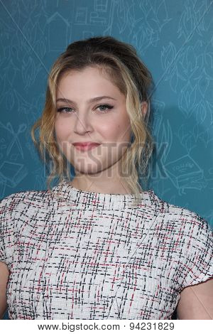 LOS ANGELES - JUN 3:  Zoe Levin at the
