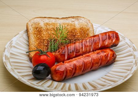Grilled Sausages With Toast