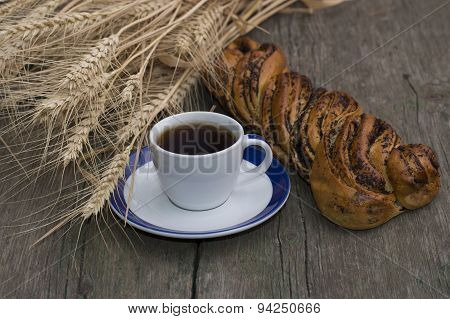 Roll With Poppy, Coffee And Wheaten Ears