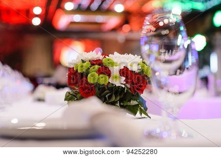 Flowers on the decorated table in the restaurant