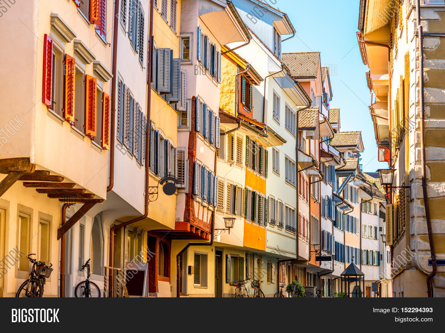 Beautiful colorful buildings zug image photo bigstock for Architecture suisse