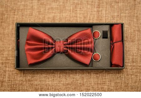 Red bow tie set ( wedding arrangement )