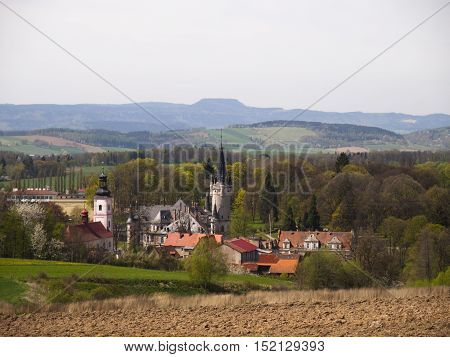 view of the palace of table mountains in the background idols Poland Europe