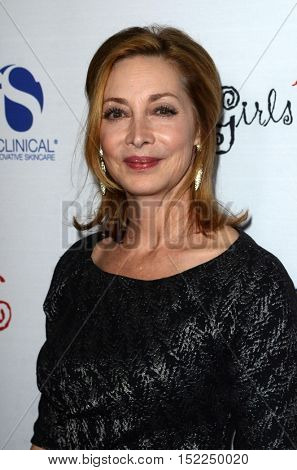 LOS ANGELES - OCT 16:  Sharon Lawrence at the 16th Annual Les Girls Cabaret at the Avalon Hollywood on October 16, 2016 in Los Angeles, CA