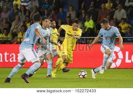 VILLARREAL, SPAIN - OCTOBER 16th: Sansone with ball during La Liga soccer match between Villarreal CF and R.C. Celta de Vigo at El Madrigal Stadium on October 16, 2016 in Villarreal, Spain