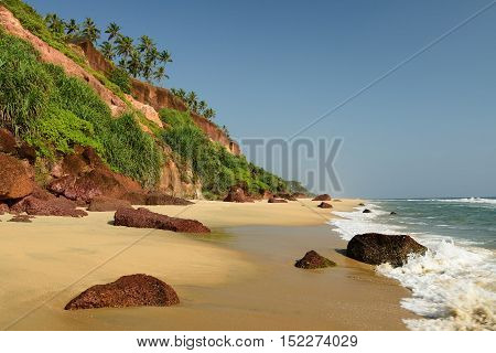 Beautiful orange cliffs in Indian - Varkkallai beach