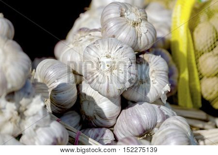 Garlic that is put on sale on a market