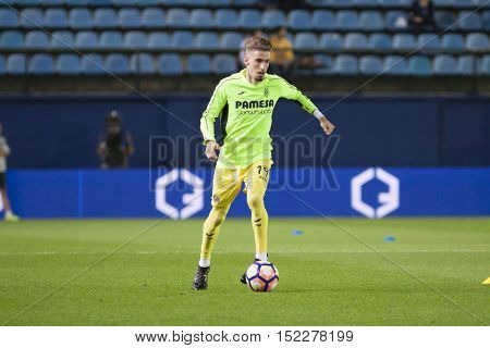 VILLARREAL, SPAIN - OCTOBER 16th: Castillejo during La Liga soccer match between Villarreal CF and R.C. Celta de Vigo at El Madrigal Stadium on October 16, 2016 in Villarreal, Spain