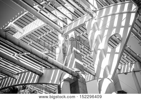 Terminal, forged steel structure, metal roof with metal bars and beams
