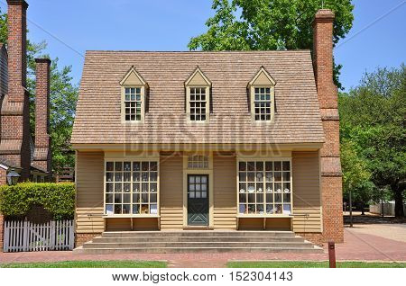 WILLIAMSBURG, VA, USA - MAY 7: William Pitt Store in Colonial Williamsburg Historic District on May 7th, 2012 in Williamsburg, Virginia, USA.