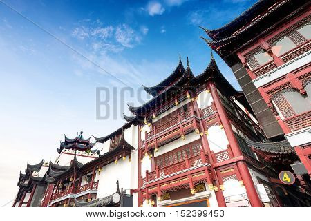 China Shanghai Old Town, Temple of the ancient buildings.
