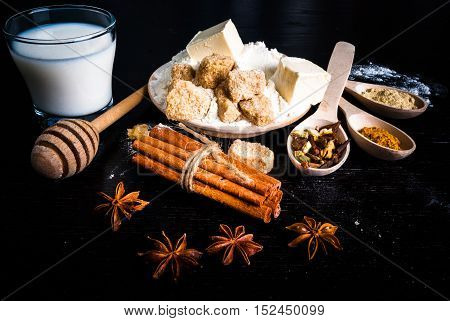 Ingredients for ginger biscuits, Christmas baking, and baking to the day of Thanksgiving: ginger, cinnamon, cardamom, citrus peel, anise.