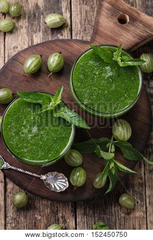Healthy Green Fresh Fruit And Vegetable Juice Smoothie Breackfast