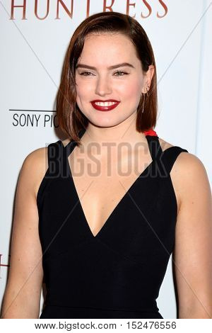 LOS ANGELES - OCT 18:  Daisy Ridley at the