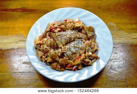 sardine canned fish dressing mushroom ketchup sauce spicy salad