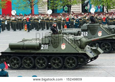 MOSCOW - 6 MAY : Russian SU-100 tanks in rehearsal during 65th anniversary of Victory in Great Patriotic War Military Parade at Red Square  on May 6, 2010 in Moscow, Russia