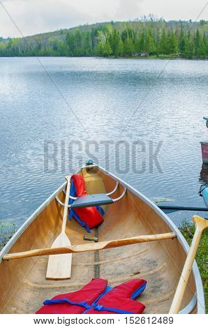 Detail of a towing boat tip on North Ontario lake during the summer