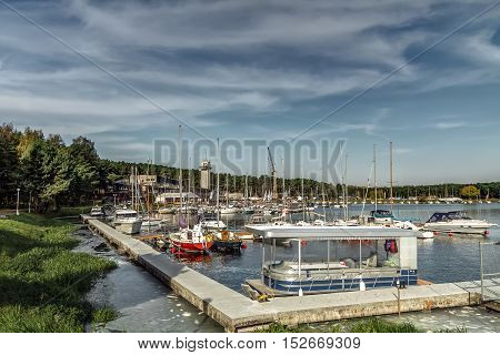 Large Yacht Club