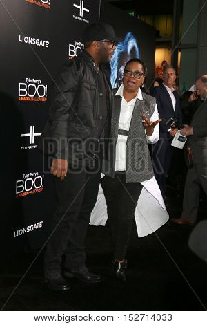 LOS ANGELES - OCT 17:  Tyler Perry, Oprah Winfrey at the