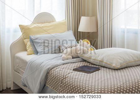 kid's bedroom interior design with many dolls