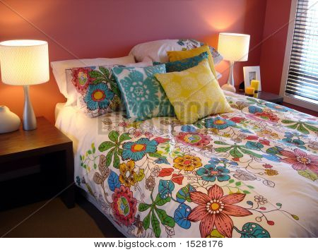 Bright Flower Bedroom