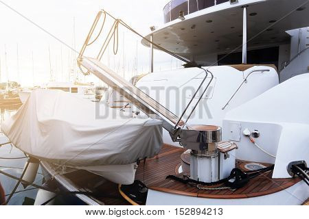 Landing Device For Boat