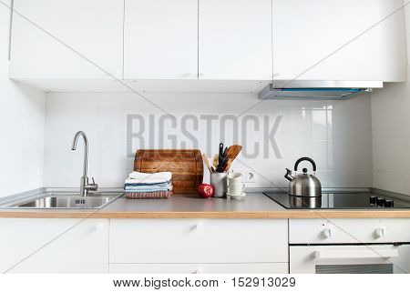 White Kitchen Interior Accessories Apple Products