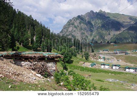 Nomadic village in Sonamarg in Kashmir, India
