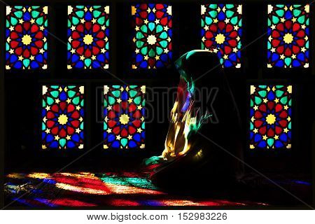 Iran, Shiraz - september 2016 : Persian girl in rainbow Mosque Nasir al-Mulk.
