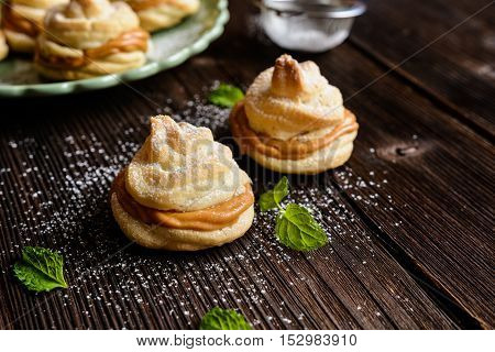 Cakes With Caramel Cream