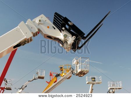 Auto Hoist And Fork Lift