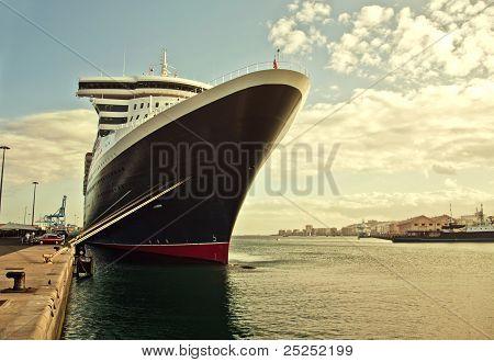 Crucero en el muelle