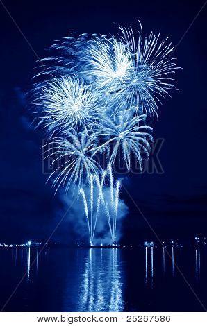 ?elebratory  Firework