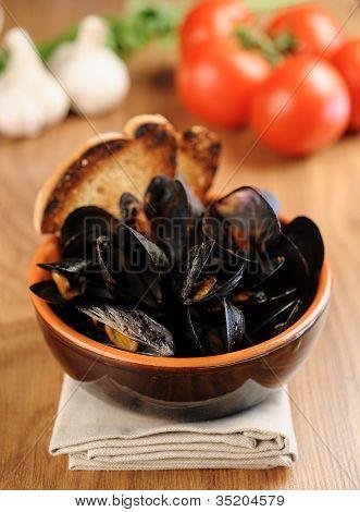 Zuppa Di Cozze - Impepata Di Cozze - Mussel Soup