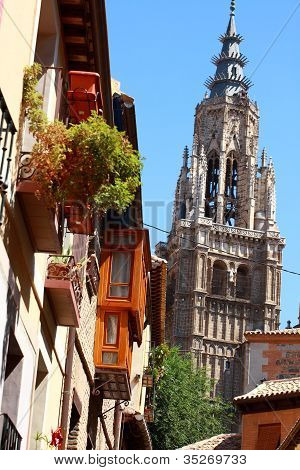 Statue Of The Cathedral Of Toledo, Spain