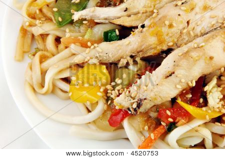 Grilled Chicken On Udon Noodles With Vegetables