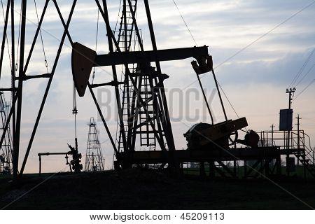 oil wel