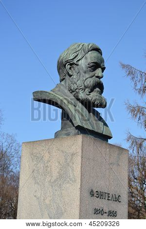 Statue Of Friedrich Engels In St.petersburg