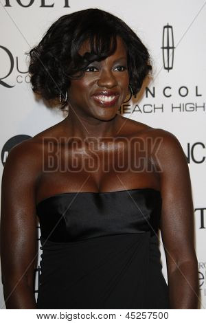 LOS ANGELES - MAR 4: Viola Davis at the 3rd annual Essence Black Women in Hollywood Luncheon at the Beverly Hills Hotel in Beverly Hills, California on March 4, 2010