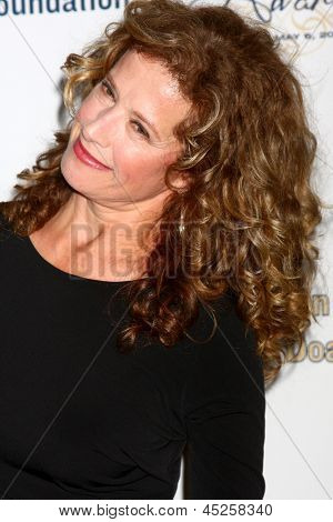 LOS ANGELES - MAY 6:  Nancy Travis arrives at the 2013 Midnight Mission's