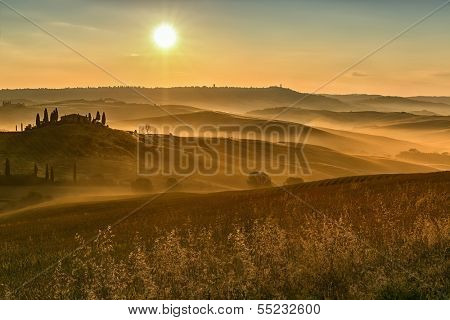 Early morning on countryside, San Quirico d���´Orcia, Tuscany, Italy