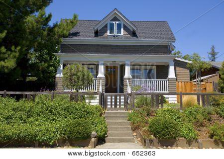 Benicia Home 8