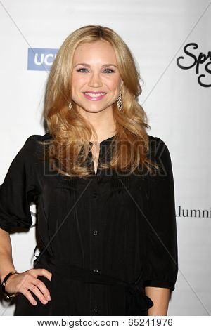 LOS ANGELES - MAY 16:  Fiona Gubelmann at the UCLA's Spring Sing 2014 at Pauley Pavilion UCLA on May 16, 2014 in Westwood, CA