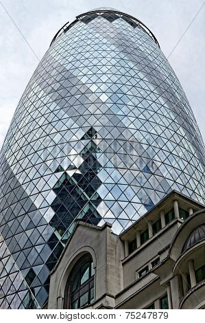 30 St Mary Axe (aka The Gerkin)