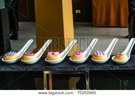 Bakery Dessert Mockup Presentation