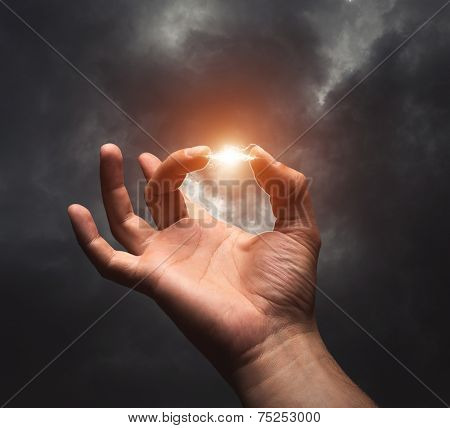 Lightning between two fingers