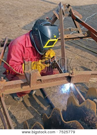 Country Welder 2