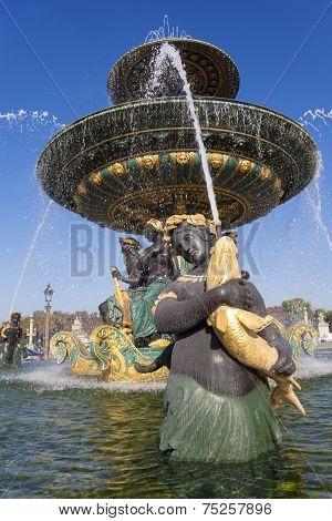 Fountain Des Mers, Concorde Square, Paris, Ile De France, France