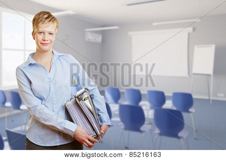 Smiling woman standing with many files in a seminar room (3D Rendering of background)